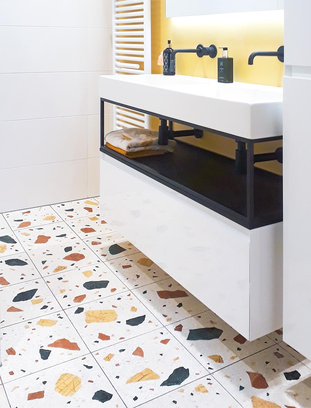 Terrazzo tiles Wild large 40x40